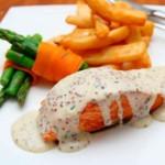 recette de pavé de saumon grillé en sauce, recette de cuisine ou pour un repas de Noël